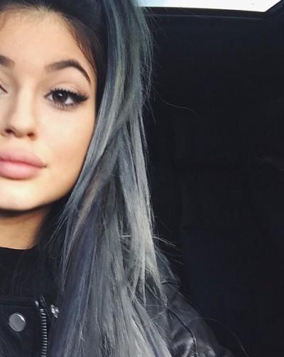 Kylie Jenner Grey Hair Photo